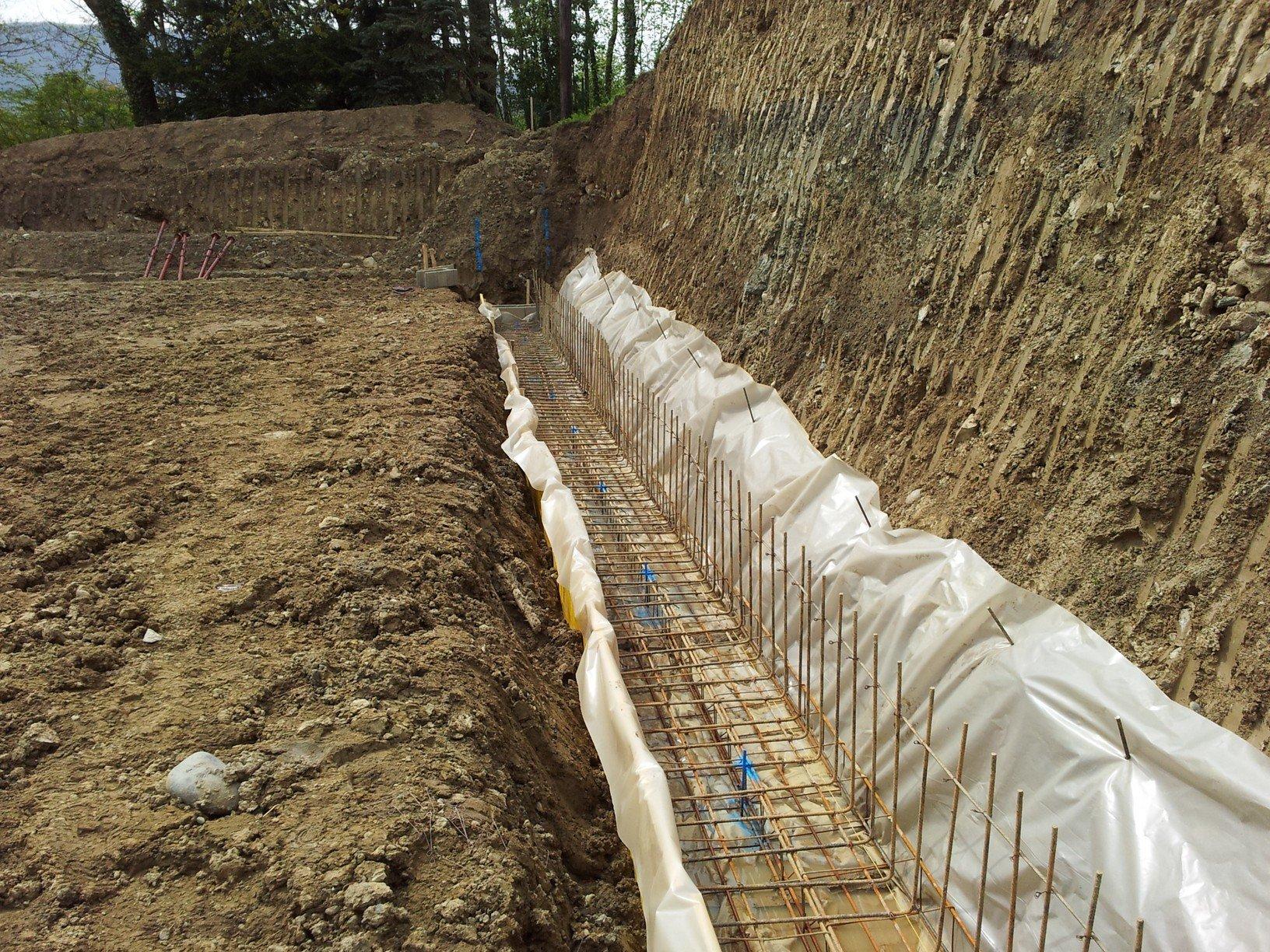 Mur de sout nement futurmaison - Fondation pour muret en parpaing ...